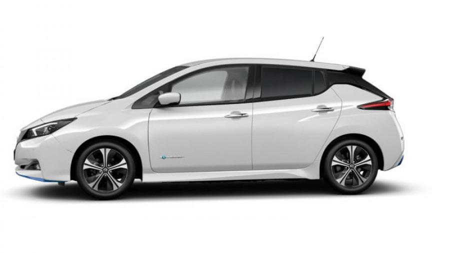 2021 Nissan LEAF ZE1 E Plus Hatchback Image 32