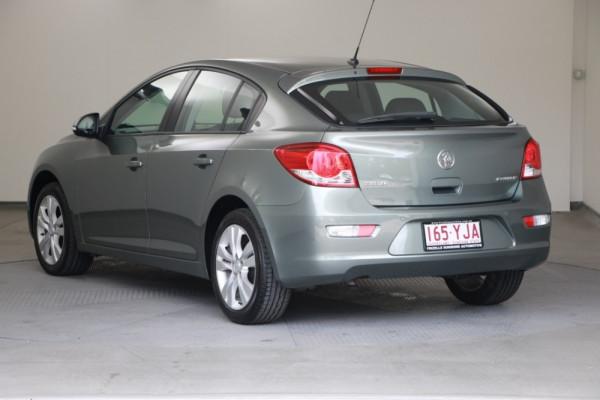 2015 Holden Cruze Vehicle Description. JH  II MY15 Equipe HBK 5dr SA 6sp 1.8i Equipe Hatchback Image 3