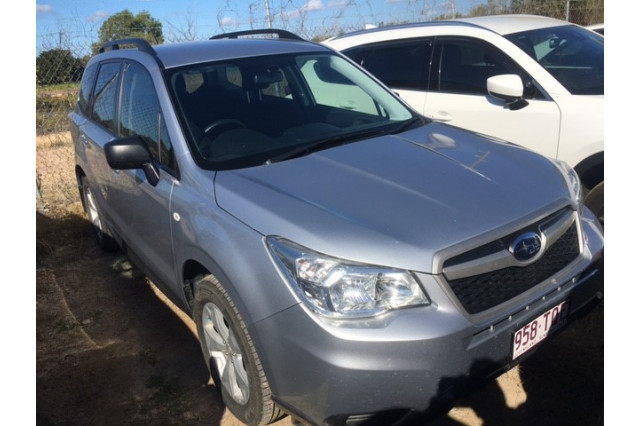 2013 Subaru Forester S4 2.0D Suv Image 2