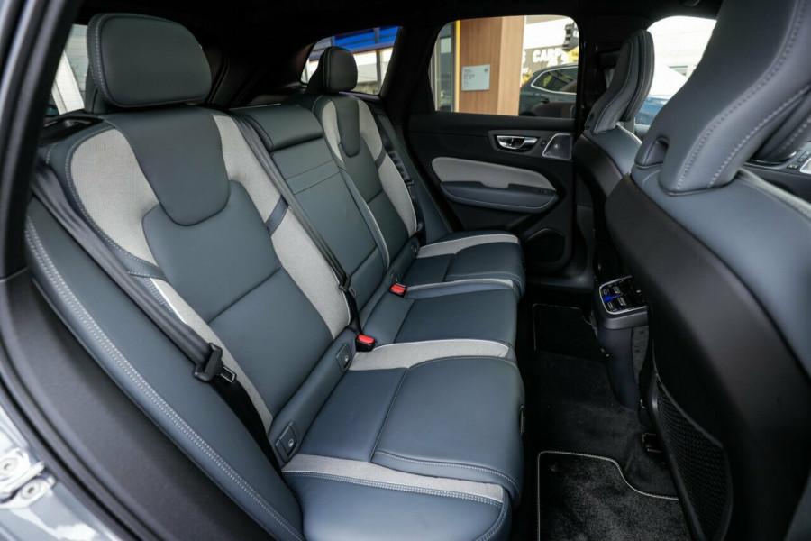 2020 Volvo XC60 UZ T6 R-Design Suv Image 15