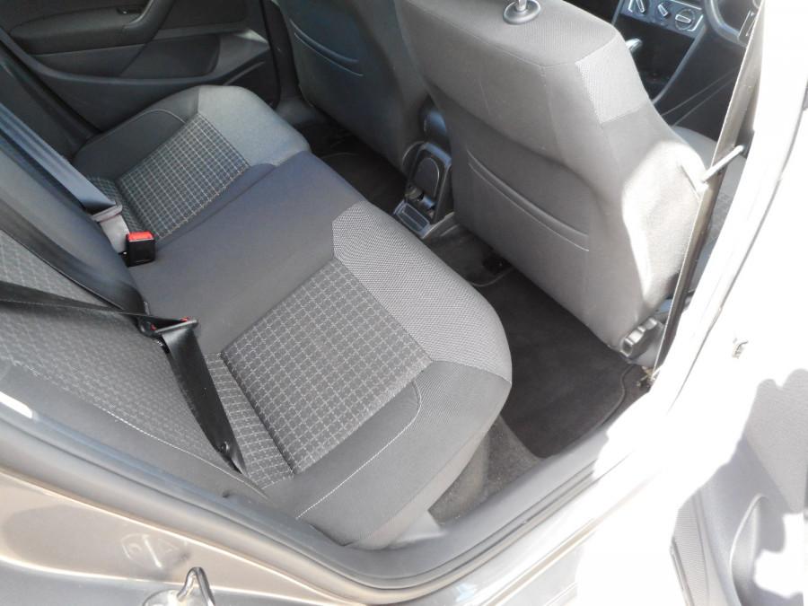2015 Volkswagen Polo Hatchback Image 12