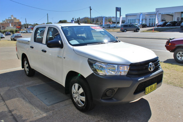 2016 Toyota HiLux TGN121R Workmate Utility - dual cab Image 4