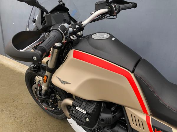 2020 Moto Guzzi V85TT Travel Motorcycle Image 5