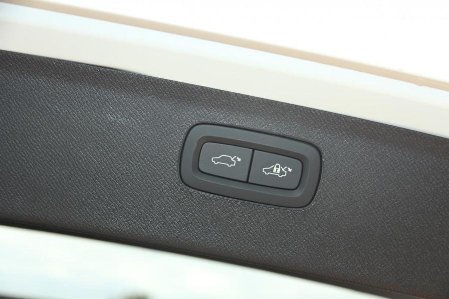 2019 MY20 Volvo XC90 L Series T6 Inscription Suv Image 10