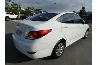 2011 Hyundai Accent RB Active Sedan Image 3