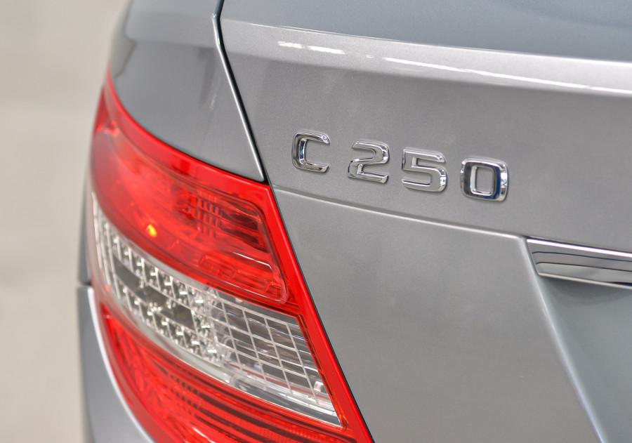 2011 Mercedes-Benz C250 Mercedes-Benz C250 Cgi Avantgarde Auto Cgi Avantgarde Sedan