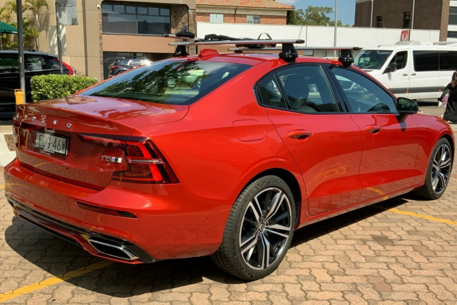 2019 MY20 Volvo S60 Z Series T5 R-Design Sedan Mobile Image 4