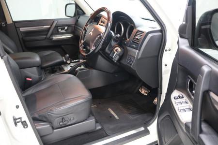 2016 Mitsubishi Pajero NX MY16 EXCEED Suv Image 4