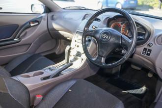 2000 Toyota Celica ZZT231R SX Liftback Image 4