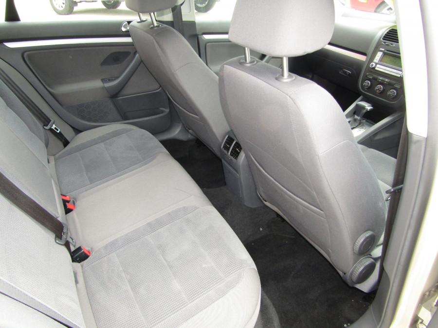 2007 Volkswagen Jetta 1KM  TDI Sedan Image 6