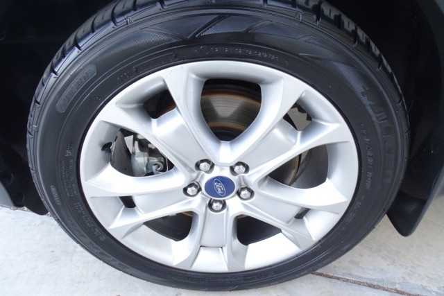 2014 Ford Kuga Trend AWD 4 of 25