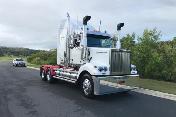 2021 Western Star 4864FXB DD15 Hydraulic truck crane