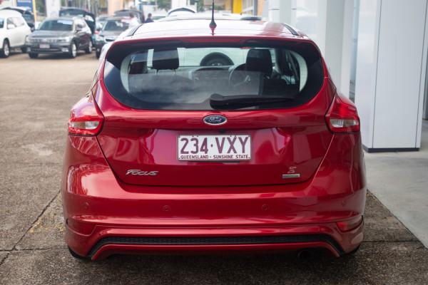 2015 Ford Focus LZ Sport Hatchback Image 5