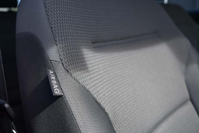 2013 Volkswagen Golf 7 90TSI Comfortline Hatchback Image 9