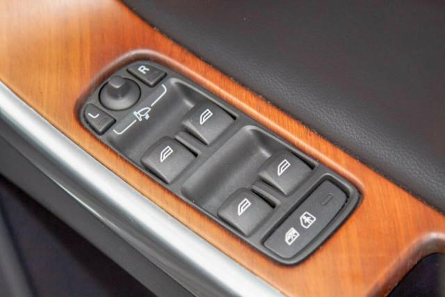 2016 Volvo XC60 D5 Luxury 16 of 22