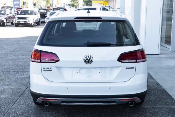 2020 MY0  Volkswagen Golf 7.5 Alltrack 132TSI Premium Wagon Image 5