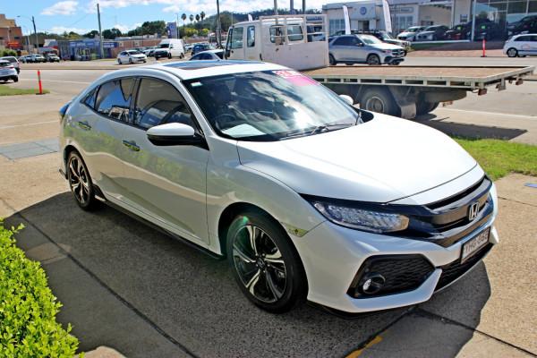 2017 Honda Civic Hatch 10th Gen  RS Hatchback Image 4