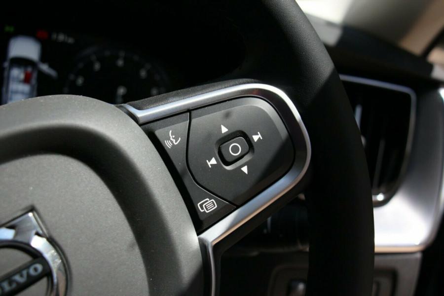 2019 MY20 Volvo XC60 UZ T5 Momentum Suv Image 13