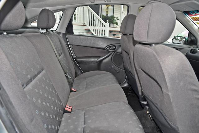 2003 Ford Focus LR MY03 CL Hatchback Image 15