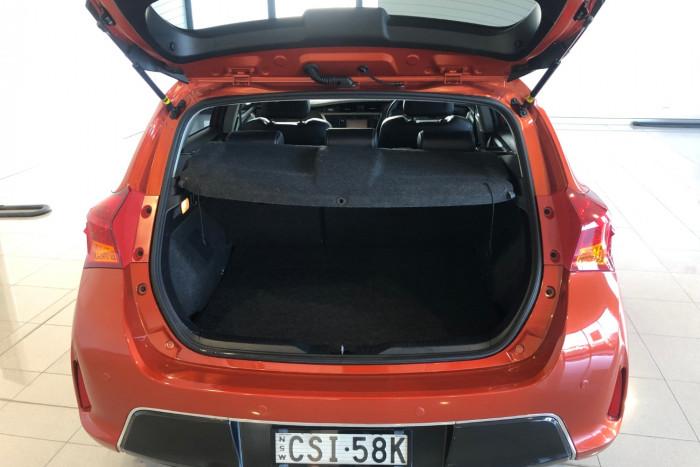 2014 Toyota Corolla ZRE182R Levin Hatchback Image 10