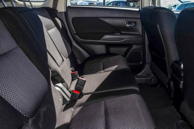 2016 Mitsubishi Outlander ZK MY17 LS Safety Pack Suv Image 7