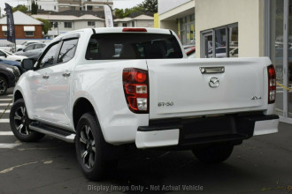 2021 Mazda BT-50 Cab chassis Image 3