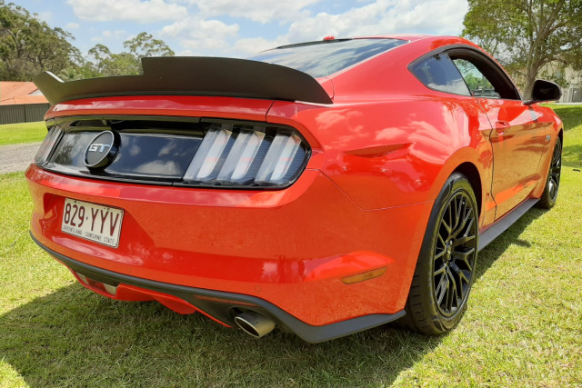 2017 Ford Mustang Image 5