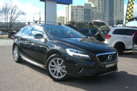 Volvo V40 Cross Country T4 - Momentum M Series  T4