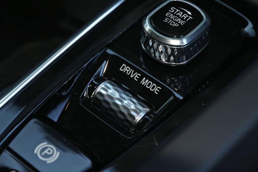 2019 Volvo XC60 UZ D4 Inscription Suv Image 13