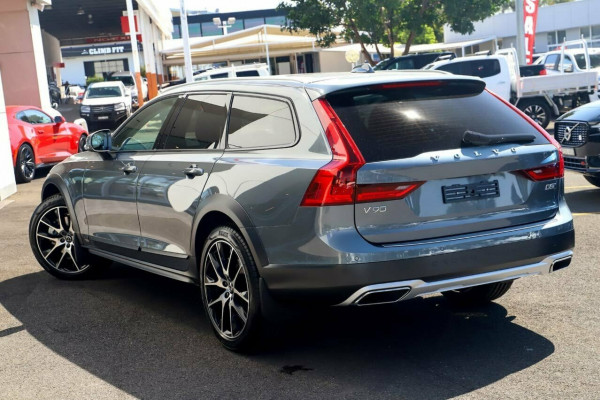 2019 MY20 Volvo V90 Cross Country D5 Image 4