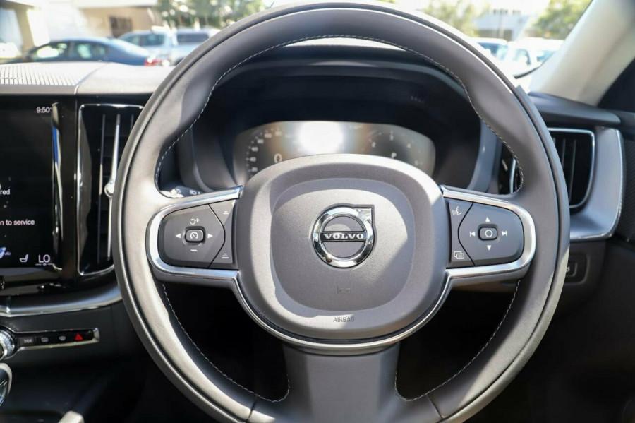 2020 Volvo XC60 UZ D4 Momentum Suv Image 8