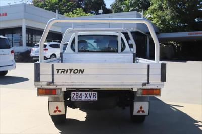 2013 Mitsubishi Triton MN MY13 GL Cab chassis Image 4