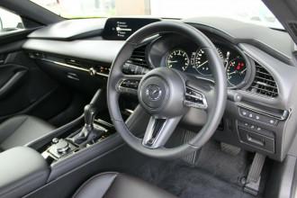 2021 Mazda 3 BP G20 Touring Hatchback image 24