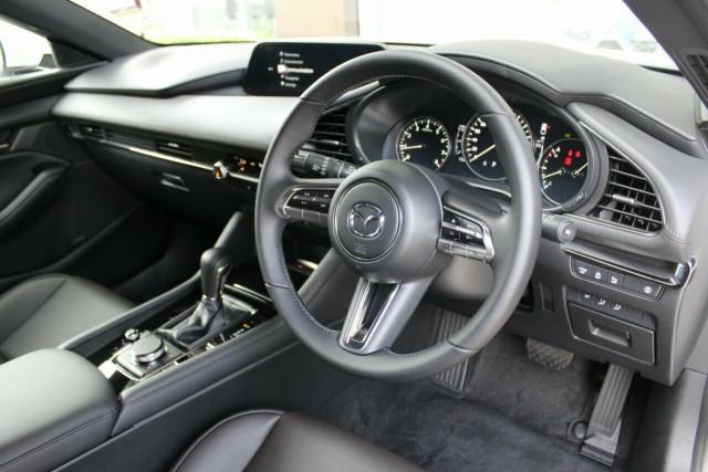 2021 Mazda 3 BP G20 Touring Hatchback Mobile Image 24