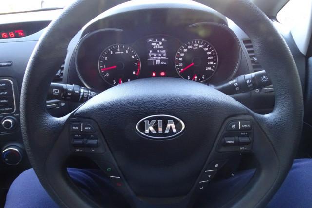 2014 Kia Cerato Hatch S 20 of 25