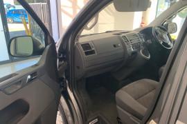 2015 Volkswagen Multivan T5 MY15 TDI340 Wagon Image 5