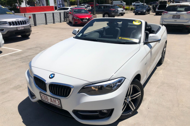 2015 BMW 2 Series Convertible Image 5