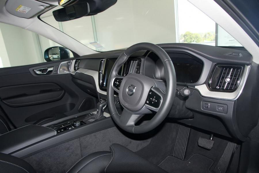 2019 Volvo XC60 UZ D4 Inscription Suv Image 10