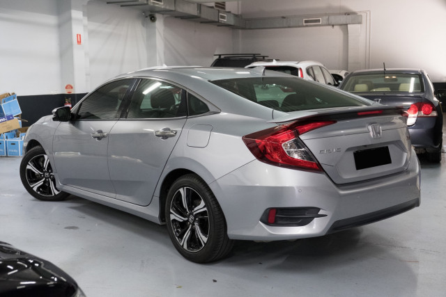 2016 Honda Civic 10th Gen  RS Sedan Image 2