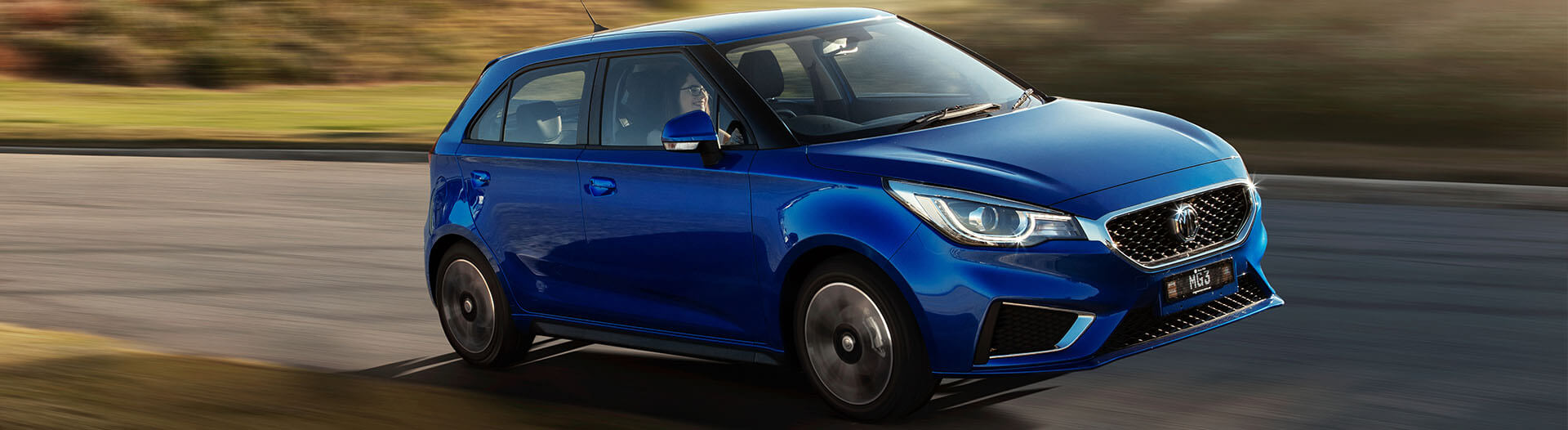 MG MG3 in blue