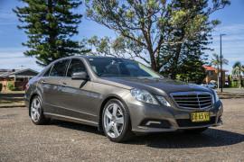 2010 Mercedes-Benz Mb Eclass W212 E250 CGI E250 CGI - Avantgarde Sedan Image 2