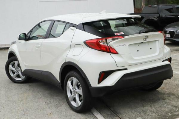 2017 Toyota C-hr NGX10R Suv Image 2