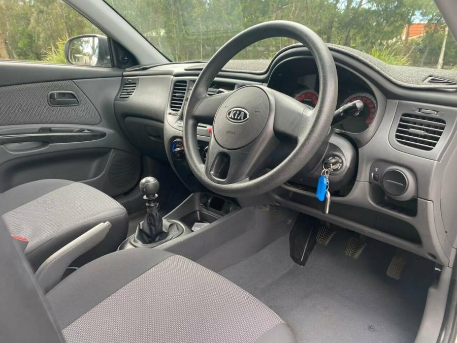 2011 Kia Rio JB MY11 S Hatchback Image 9