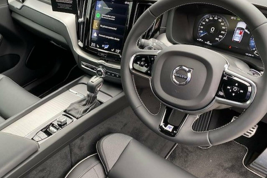 2019 MY20 Volvo XC60 UZ D5 R-Design Suv Image 22