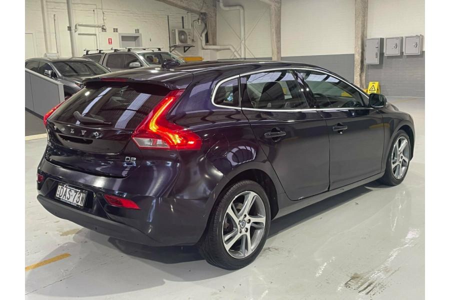 2015 Volvo V40 M Series MY15 D2 PwrShift Kinetic Hatchback