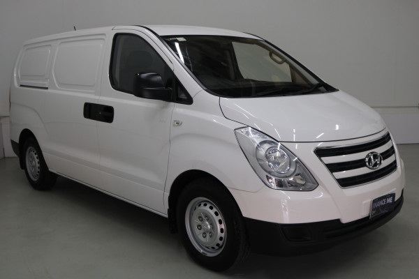 2016 MY17 Hyundai Iload TQ3-V SERIES II MY17 Van Image 3