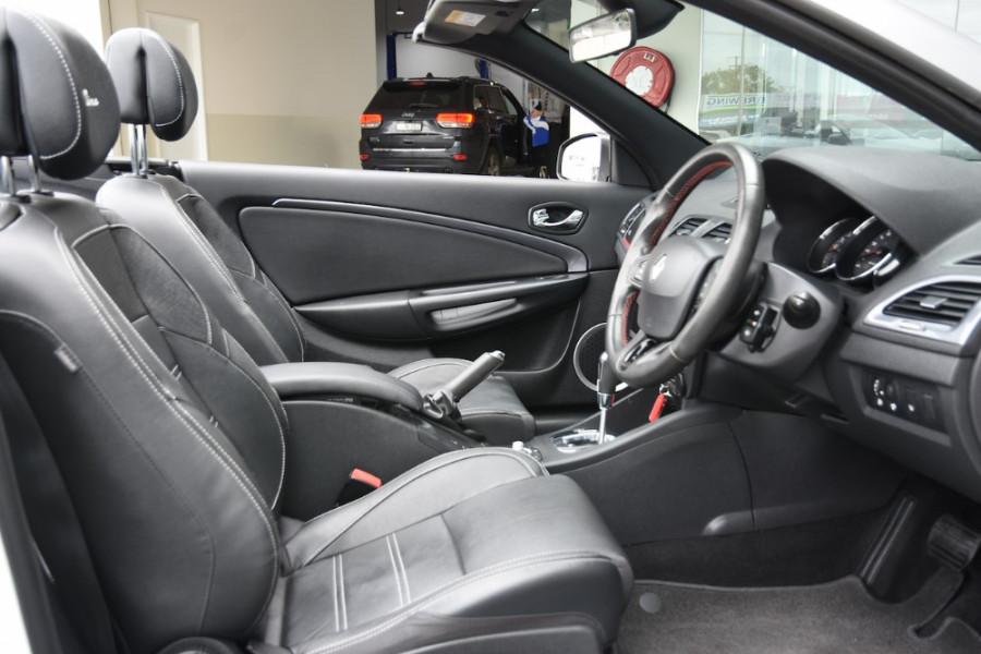 2015 Renault Megane III E95 Phase 2 GT-Line Convertible Image 10