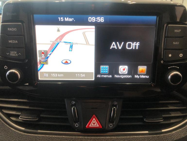 2018 Hyundai i30 PD Elite Hatchback Image 8