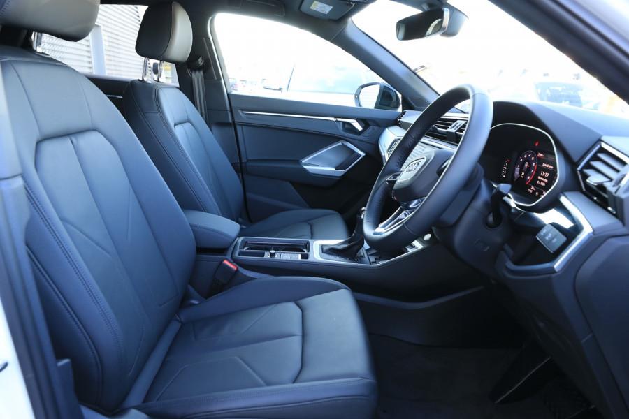 2020 Audi Q3 Image 5