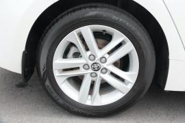 2018 Toyota Corolla ZWE211R Ascent Sport Hatchback Image 5